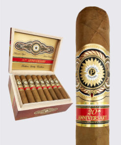 Perdomo 20th Anniversary Connecticut Robusto Image.